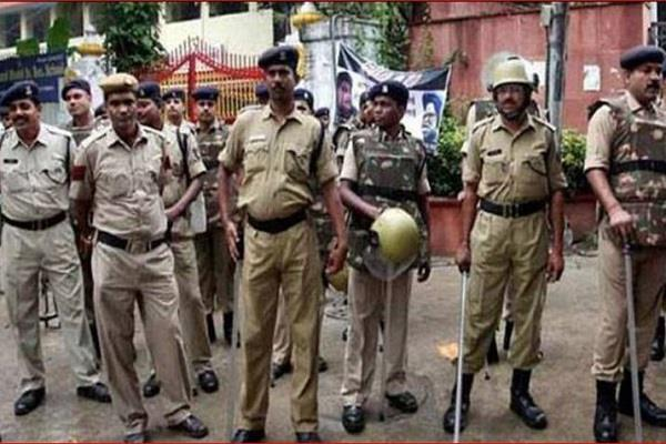 rajasthan police attack with sticks uniforms