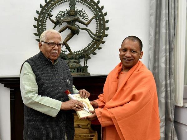 cm yogi meets governor naik late on night