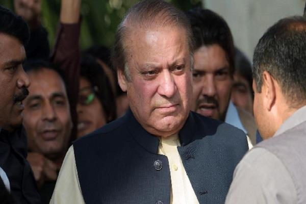 former pakistan pm nawaz sharif denied helper in jail