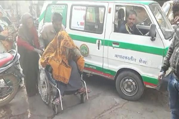 delivery in ambulance once again in mp condition of child critical