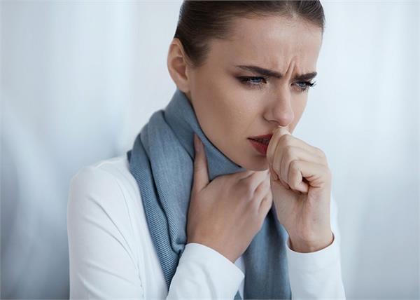 टीबी ही नहीं, कैंसर का लक्षण भी हो सकती है लगातार हो रही खांसी