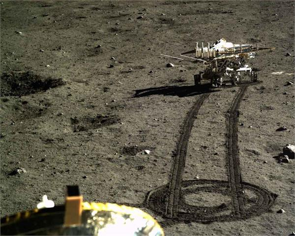china s moon rover to measure lunar freezing night temperature