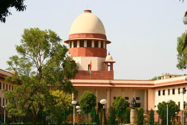 sc notice to center on peeping decision on computers