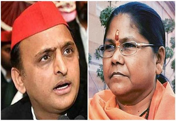 sadhvi niranjan said akhilesh feared by the cbi s red