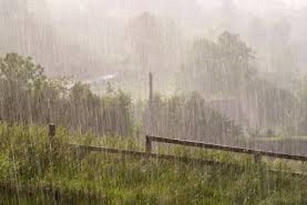 decrease in temperature due to cloudy cloud rain