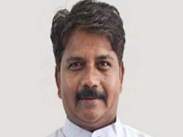 mp is now the congress government will end soon gundaraj bala bachchan