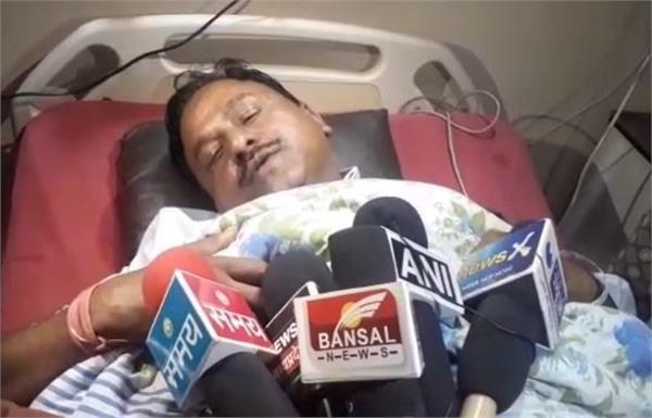 katni hawala scandal satish sravaji accused of assaulting officers