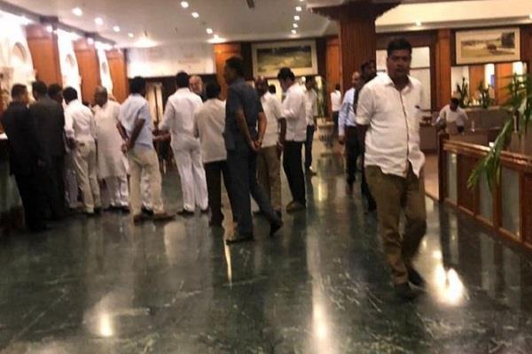 fight with congress mla in karnataka