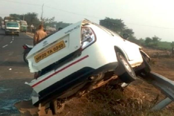 painful road accident truck car collision bank manager killed 2 killed