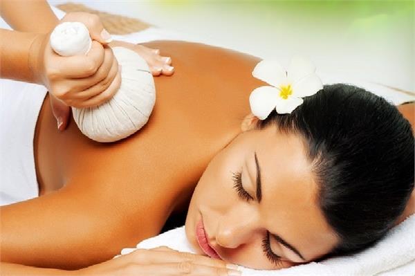 सेहत और खूबसूरती दोनों का इलाज है Aroma Therapy, जानें करने का तरीका