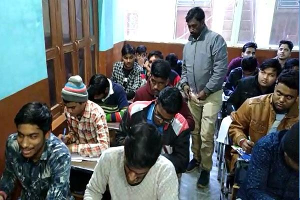 2 computer centers raid without admission was dca exam