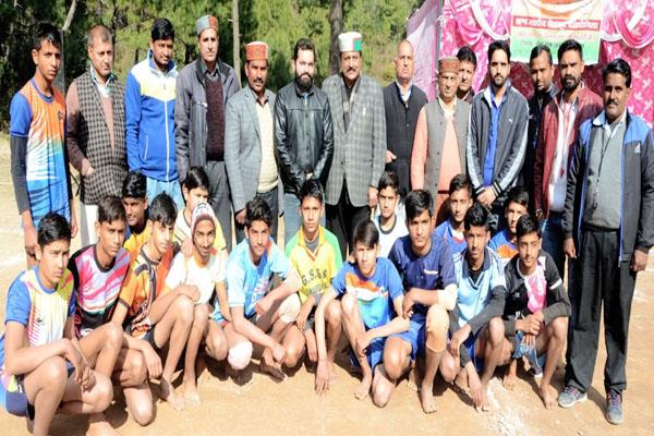 2 day sports competition started in swarghat 25 teams taking part