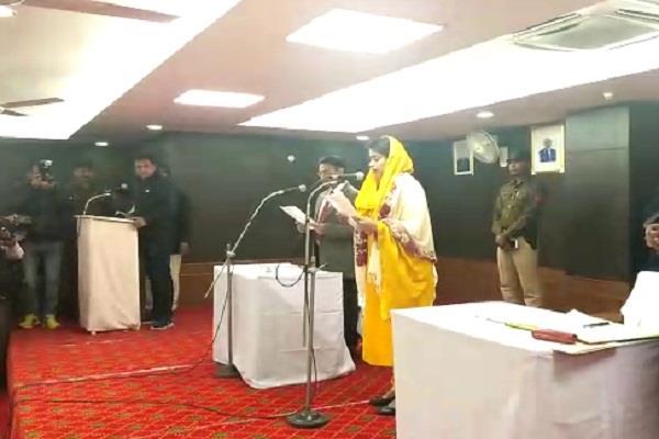 avneet kaur as the mayor of panipat sworn in