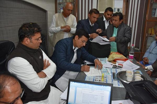 randeep singh surjewala filled nomination for jind by election