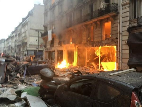 36 injured in paris bakery gas explosion