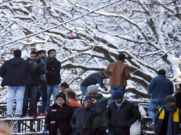 crowd of tourist arrives in shimla for looking snowfall