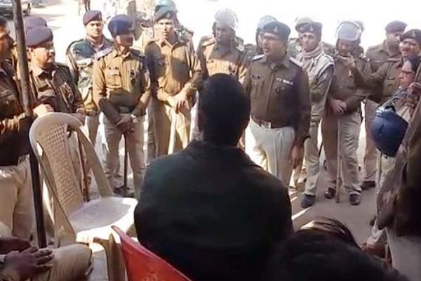 police attack police patrol attacked many policemen