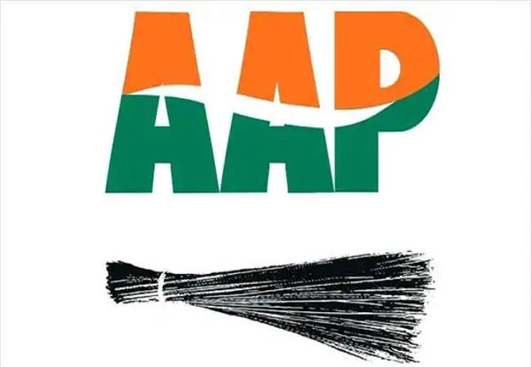 aap declaration from ayodhya to kashi