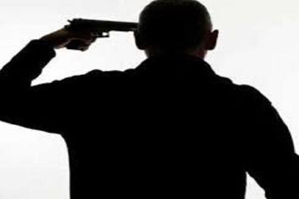 police jawan shot himself painful death