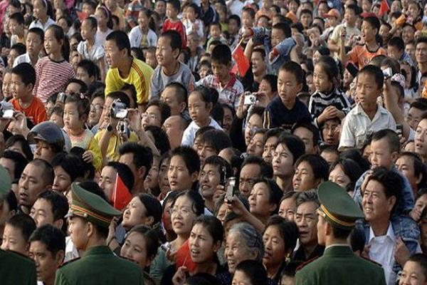 china s population will start to fall below 2030