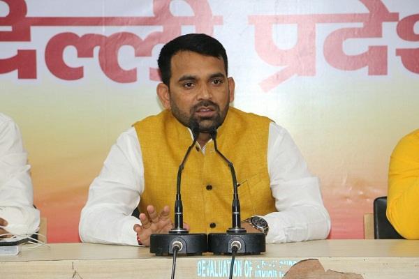 delhi bjp will organize  dahi chuda  banquet for purvanchalis