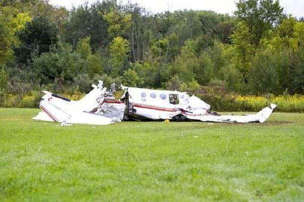 2 people die in eastern plane crash in eastern germany