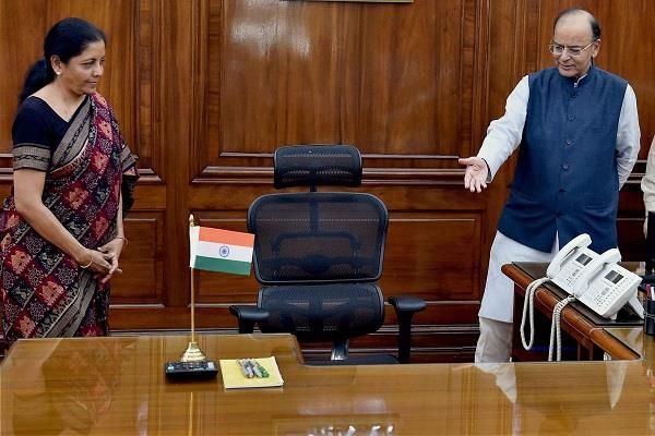 jaitley praised sitharaman rafael had given on the deal in lok sabha