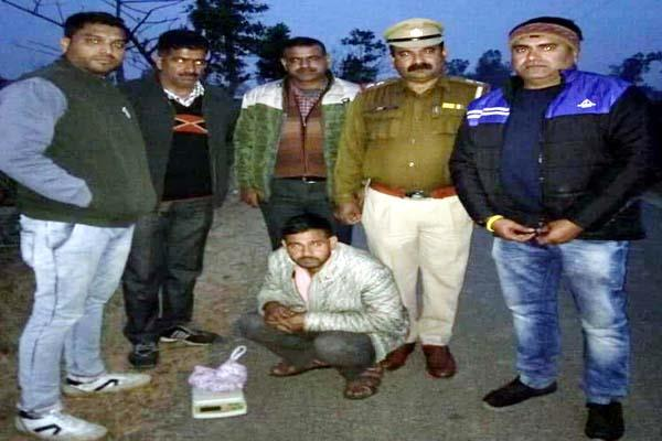 youth of chamba arrested with hashish in una