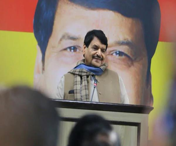 come to power decisions in the interest of minorities shivpal