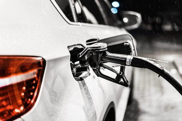 petrol prices fall after 2 days