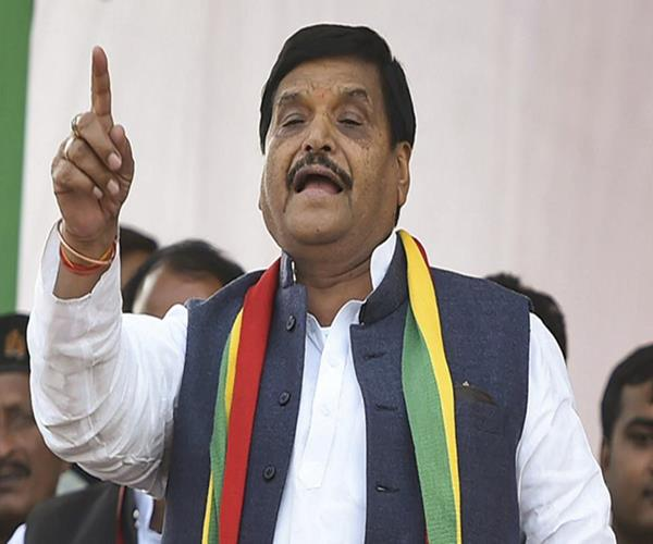 people of the country are seeking change in power shivpal