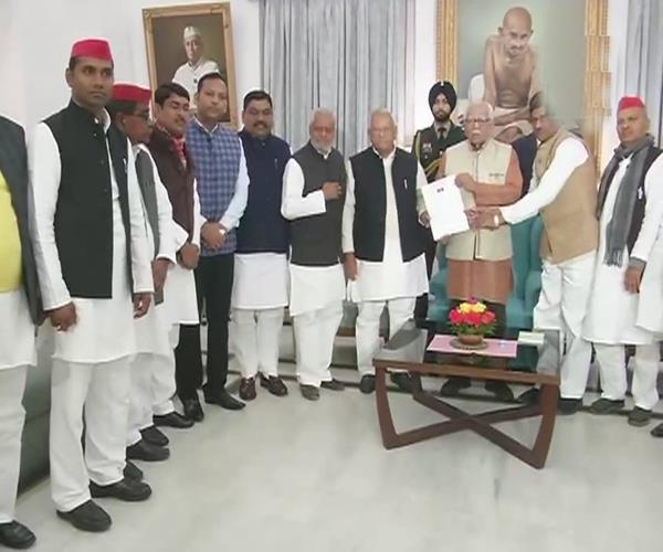 akhilesh case sp bsp delegation meets governor