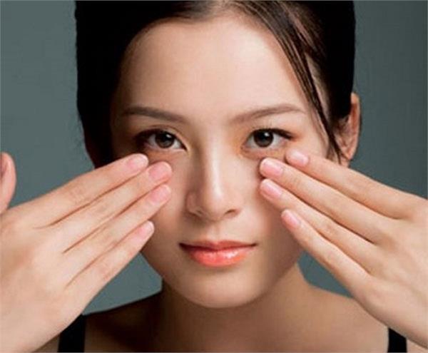 Beauty: डार्क सर्कल, झुर्रियों जैसी 4 प्रॉब्लम्स का हल है जापानी मसाज