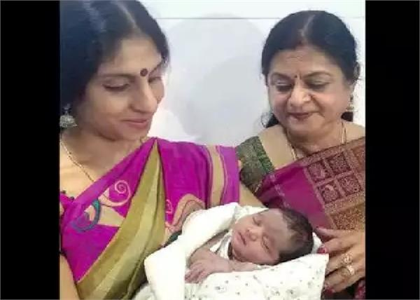 यूट्रस कैंसर से पीड़ित महिला ने दिया बच्चे को जन्म