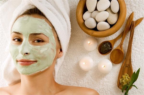 झुर्रियां हो या पिंपल्स, 8 प्रॉबल्म के लिए बेस्ट हैं ये होममेड Face Masks