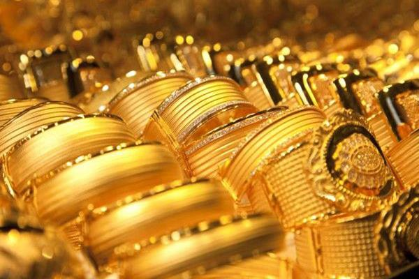 gold prices rebounded by rs 140 silver by rs 250