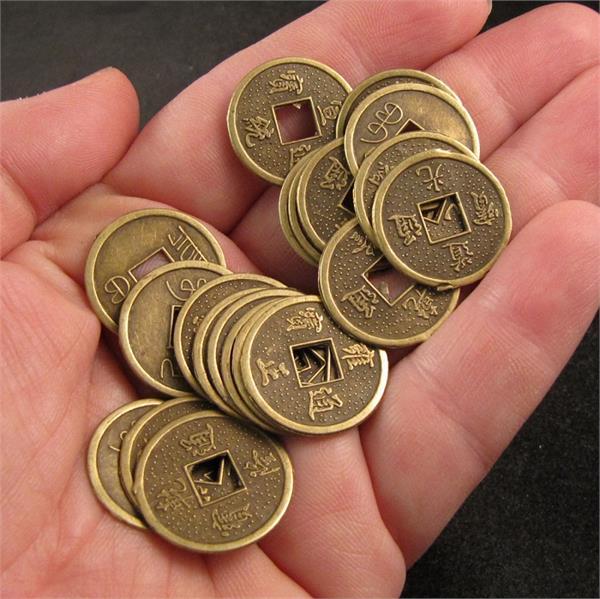 फेंगशुई के सिर्फ 3 सिक्के दूर करेंगे घर की ये 6 परेशानियां