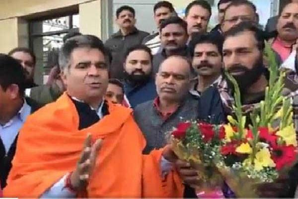martyr soldier aurangzeb father joined bjp