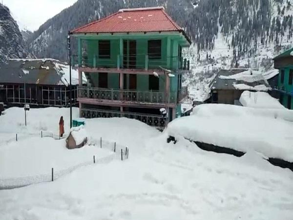 snowfall increased the people s problems in malana village