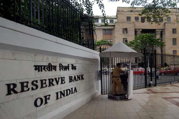 s p expects rbi to cut rates on falling inflation