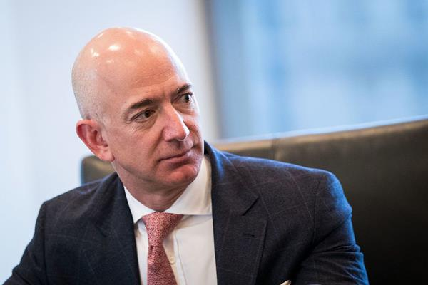 national enquirer is threatening to make porn pictures public jeff bezos