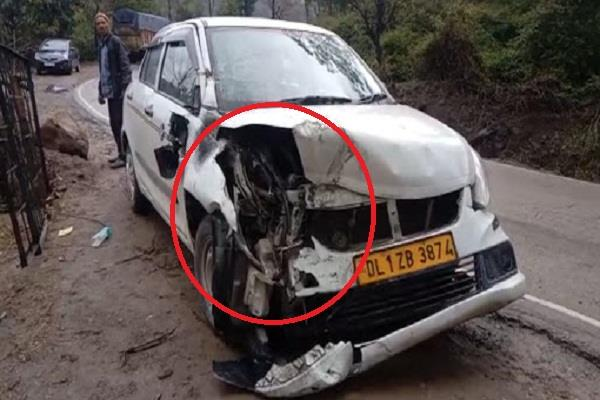 car collided with truck on chandigarh manali nh