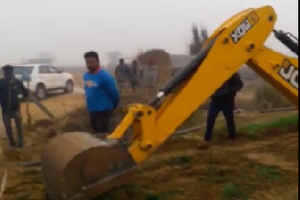 haryana chief secretariat accused of grabbing land