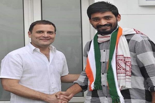 congress has given crucial responsibility to pradeep narwala