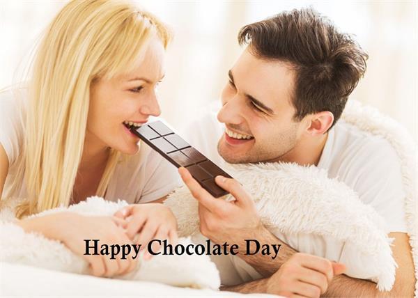 पार्टनर के साथ यूं सेलिब्रेट करें Chocolate Day, रिश्ते में आएगी चॉकलेट जैसी मिठास