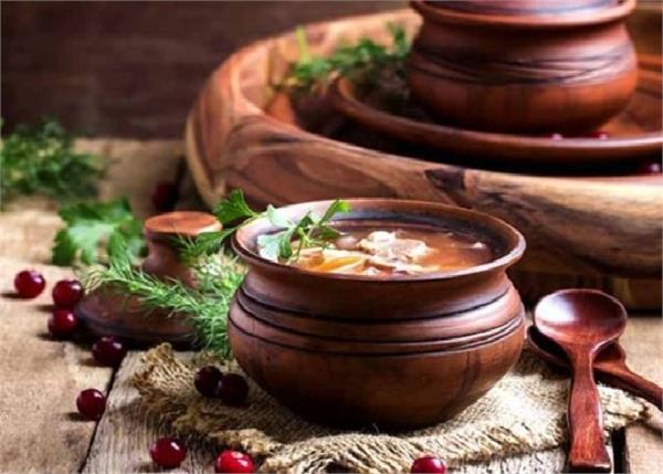 Health Tip: जानें, मिट्टी के बर्तन में खाना पकाने के 8 बेहतरीन फायदे