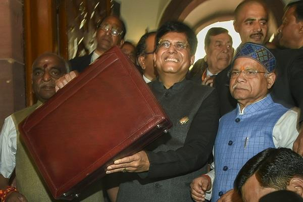 government has demanded over rs 34 17 lakh crore for four months