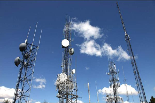 voda idea in talks to sell mobile tower stake optical fibre assets