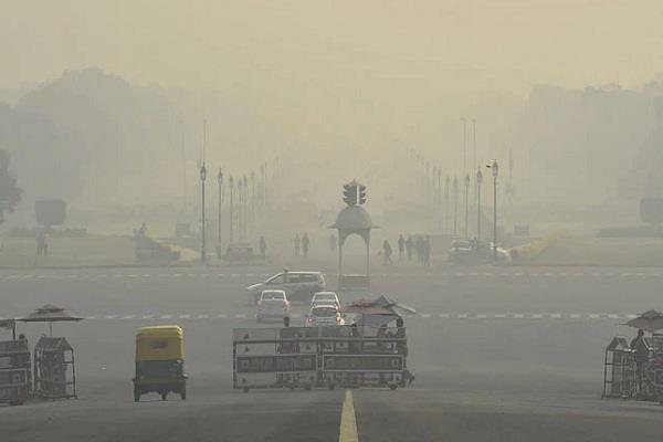 delhi s air quality in poor category possibility of improvement in coming days