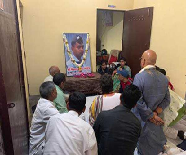 priyanka was emotionally attached to the family of the martyrs